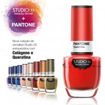 Esmaltes coleção Pantone Studio 35